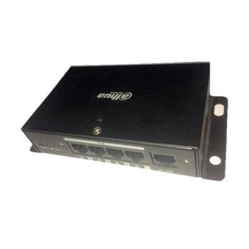Switch móvel RJ45 10 / 100M de 4 canais com PoE para 4 câmeras IP MJHJ4P
